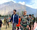 Free Photo: 'Heartfelt thanks to Indian Army for inviting me to Uri Base Camp