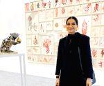 Free Photo: Sonam Kapoor visits India Art Fair