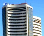 Sensex & Nifty close lower; Zee gains 12%, BPCL loses 6%