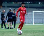 Midfielder Fernandes renews contract with FC Goa for 3 yrs