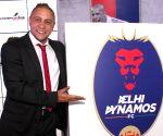 Delhi Dynamos' manager Roberto Carlos