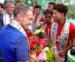 British Dy High Commissioner meets English FIFA U-17 team