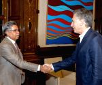 Buenos Aires: Pawan Munjal calls on Argentine President