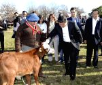 Buenos Aires: Chinese President Xi Jinping visits the Republic Farm in Argentina
