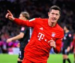 Barcelona always dangerous, says Lewandowski ahead of UCL Q/F