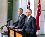 AUSTRALIA SINGAPORE PMS PRESS CONFERENCE