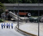 The Santa Cecilia Bridge is demolished by controlled explosion