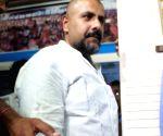 Vishal Dadlani apologise to Jain Monk Tarun Sagar