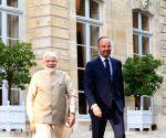 Chateau de Chantilly: Narendra Modi meets French PM