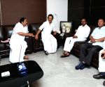 KCR meets Stalin, DMK calls it courtesy call