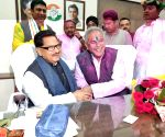 Chhattisgarh Congress MLAs to decide on CM
