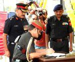 Army Chief holds veterans rally in Karnataka