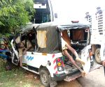12 dead in bus-van collision in Karnataka