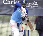 Pant & Raina hit the nets in bid to get back in the groove