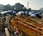 Commuters hassled due to traffic jam on Delhi-Gurugram border