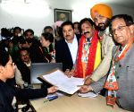 Raj Kumar Verka files nomination papers