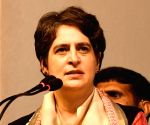 Priyanka crticises Mayawati for open support to BJP