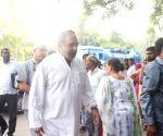 Senior Congress leaders arrive to meet Shivakumar in Tihar