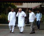 Congress delegation meets CEC