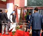 Delhi Polls 2020 - Manmohan Singh casts vote