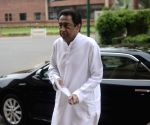 Kamal Nath blames Shivraj for bad MP roads