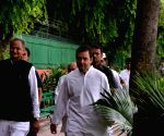 In a snub, Rahul declines to meet Gehlot