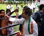 Rahul Gandhi celebrates his birthday at Congress headquarters