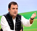 Keep arrogance aside and give farmers their rights: Rahul