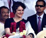 Ahead of Lok Sabha polls, Congress unveils 'trump card' Priyanka