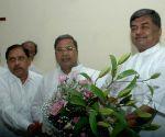 Pilot, Scindia careerist netas, not tied to ideology: Hariprasad