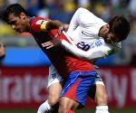 Costa Rican midfielder Bryan Ruiz leaves Santos