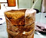 Rajasthan dairy farmers selling cowdung cakes on Amazon