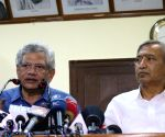 Sitaram Yechury, Mohammed Yousuf Tarigami at a press conference