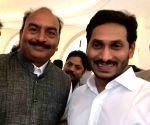 CREDAI Andhra Pradesh President meets Y. S. Jaganmohan Reddy in Jerusalem