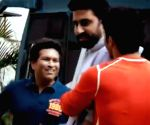 Free Photo: Varun, Abhishek play gully cricket with Sachin Tendulkar