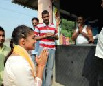 Babita Phogat cast vote, vows to promote sports if elected