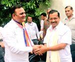 Dalit activist Raj Kumar Anand rejoins AAP