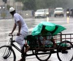 Dark cloudy sky and heavy rain in Kolkata.