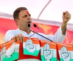 Modi doesn't care for farmers: Rahul