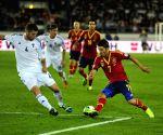 Spain's Villa retires from international football
