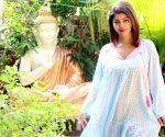 Debina Bonnerjee urges all to donate plasma