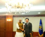 Rajnath meets South Korean PM