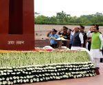 Rajnath Singh pays tributes to martyrs on 20th anniversary of Kargil Vijay Diwas