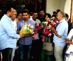 Delhi Govt. felicitates Sakshi Malik's parents