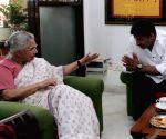 Manoj Tiwari meeting Sheila Dikshit