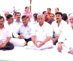 Delhi CM Kejriwal pays tribute to Bhagat Singh