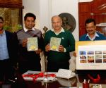 Kejriwal launches Delhi Tourism Department's Calendar and Diaries