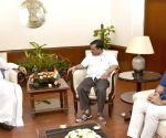 Delhi CM Arvind Kejriwal meets Venkaiah Naidu