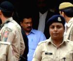 Delhi court bails out Kejriwal in defamation case
