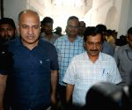 Kejriwal, Sisodia at Delhi Assembly